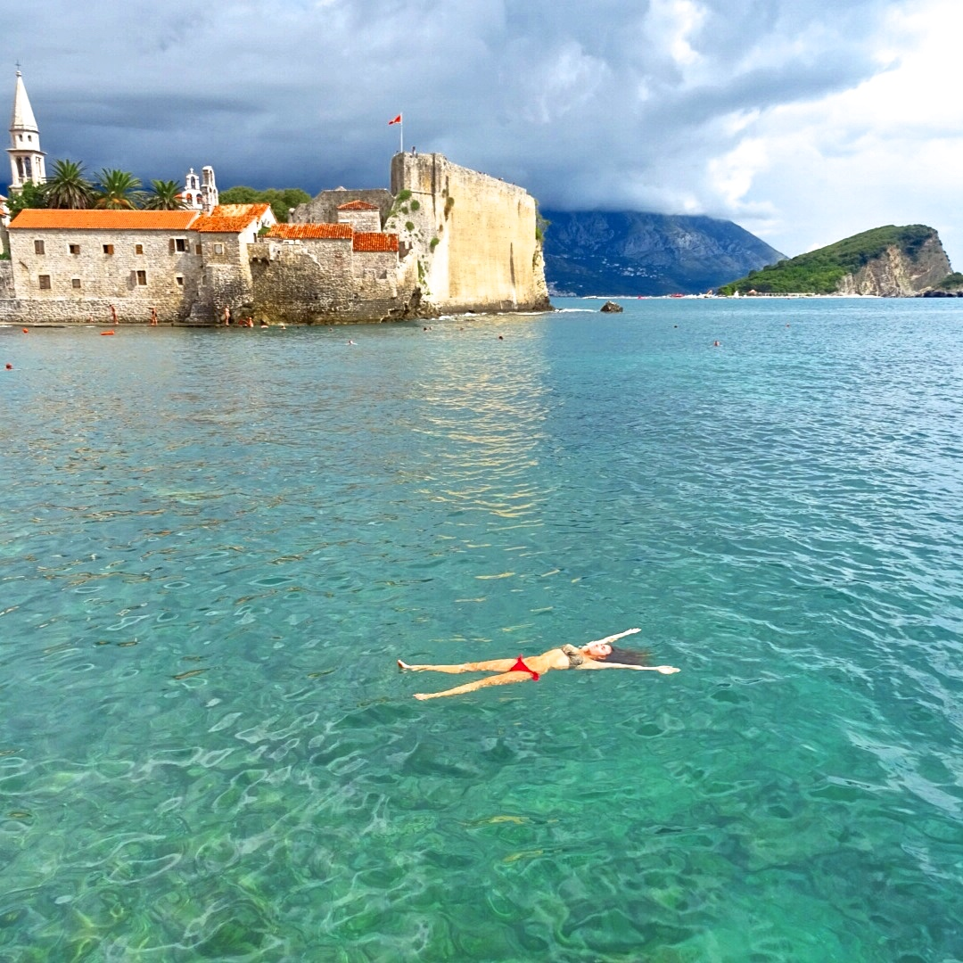 красивые картинки моря черногории пиратом, выполненные